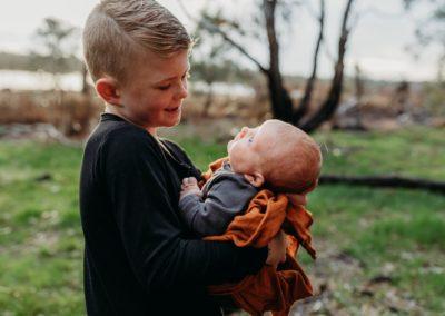 Rhianna Newborn Outdoor Blog (15)