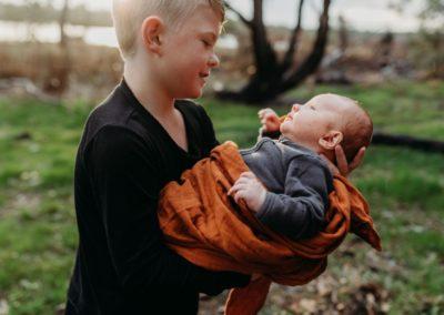 Rhianna Newborn Outdoor Blog (16)