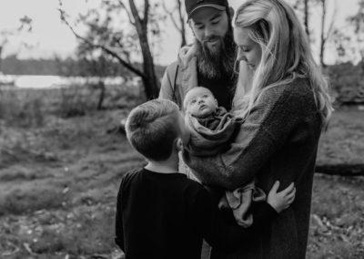 Rhianna Newborn Outdoor Blog (21)