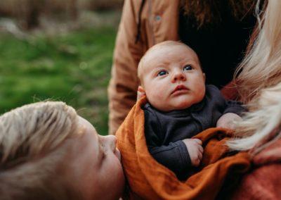 Rhianna Newborn Outdoor Blog (23)