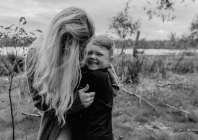 Rhianna Newborn Outdoor Blog (48)