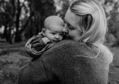 Rhianna Newborn Outdoor Blog (59)