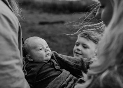 Rhianna Newborn Outdoor Blog (6)