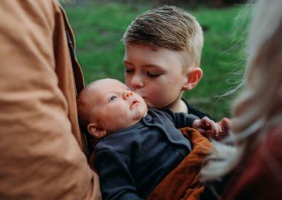 Rhianna Newborn Outdoor Blog (7)