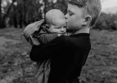 Rhianna Newborn Outdoor Blog (71)