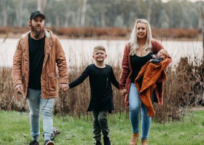 Rhianna Newborn Outdoor Blog (77)