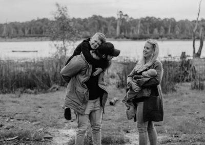 Rhianna Newborn Outdoor Blog (79)